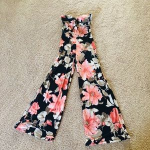 Brand New w/ Tags FLORAL JUMPSUIT